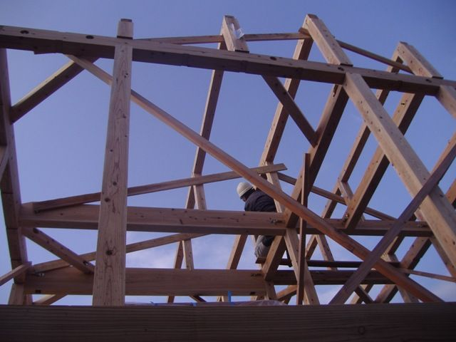 重富の家・建て方2日目屋根下地