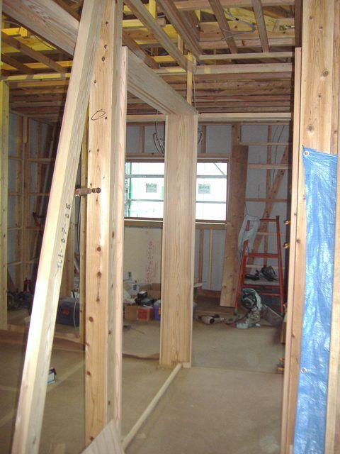 重富の家・室内の様子 建具枠