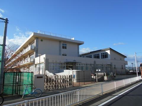 富沢小学校