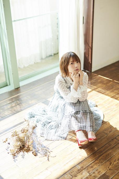 内田真礼_200325_01
