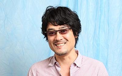 keiji_fujiwara-t02