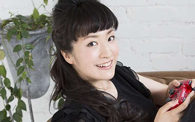 kana_ueda-t02