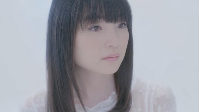 reina_ueda-161106_a16