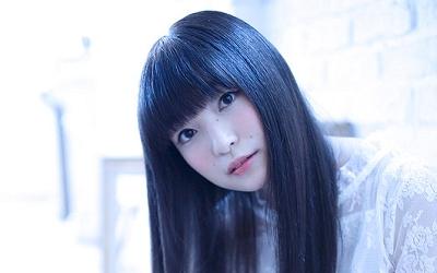 reina_ueda-t01