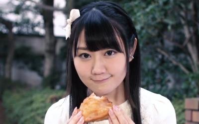 yui_ogura-t58