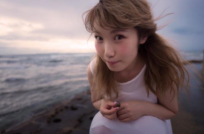 aya_uchida-161127_a03