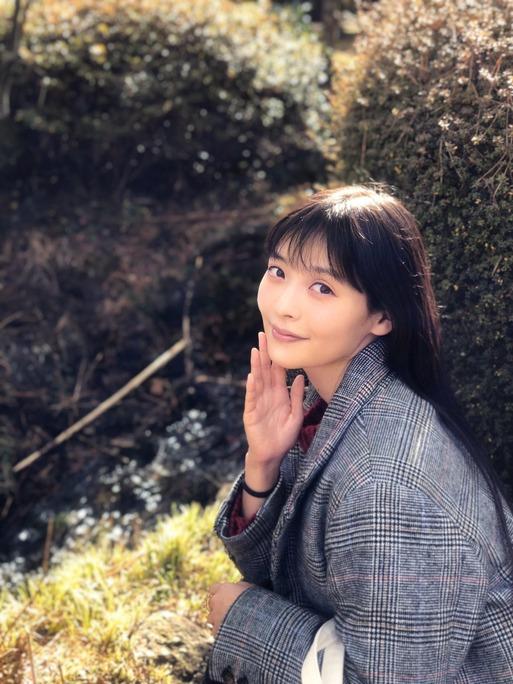 上坂すみれ_前島亜美_200105_06