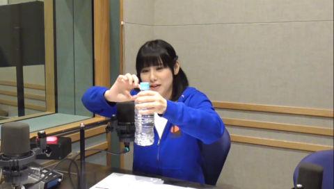 声優の津田美波さんによる500mlのペットボトルを開けるのが少し苦手です話 【動画あり】