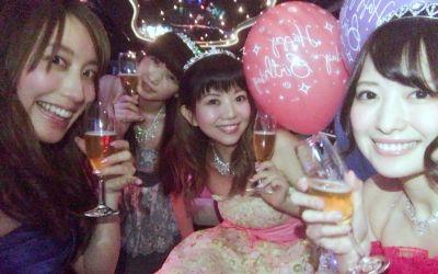 【佳村はるか】リムジン×ドレスでバースデーパーティー。松嵜麗、牧野由依、金子真由美がサプライズでお祝い