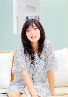 日笠陽子もけいおんの頃はアイドル声優みたいな扱いやったんか?