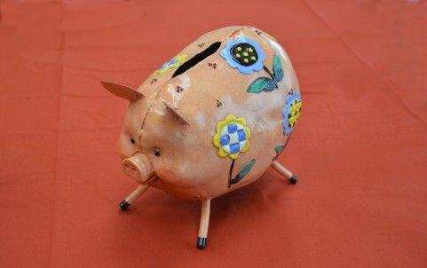 【悲報】ワイ声豚、東京から離れた地方都市に生まれるという痛恨のミスを犯す