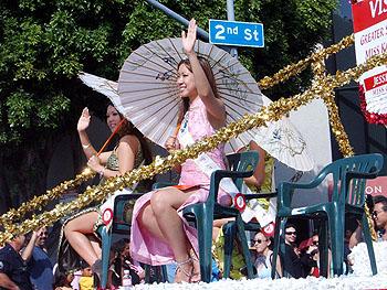 LA二世週祭(美人コンテストの女王たち)