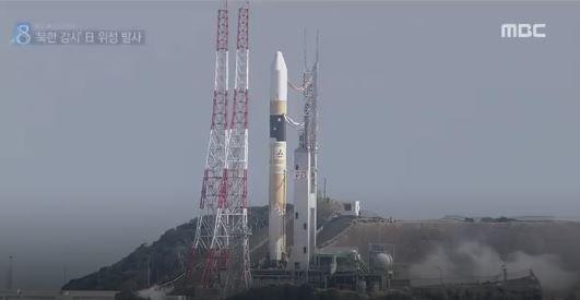 H2Aロケットで偵察衛星発射