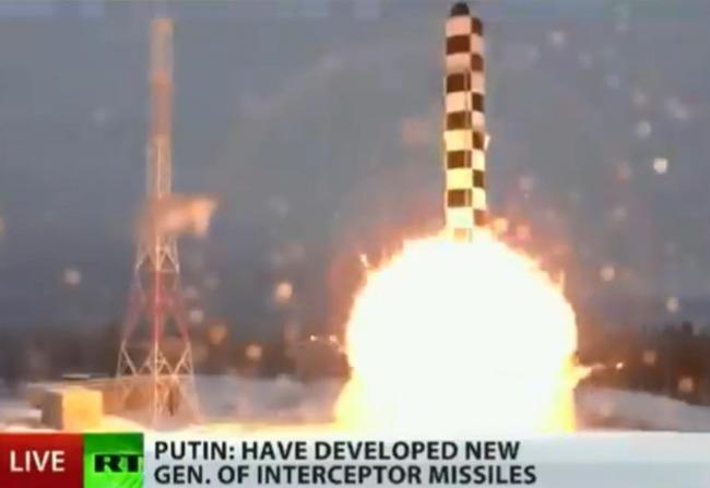 新型の大陸間弾道ミサイルサルマット