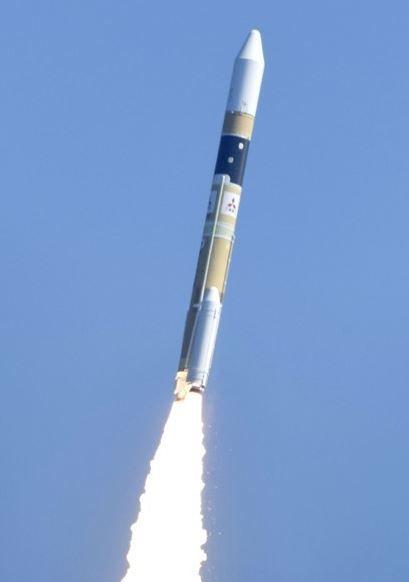 情報収集衛星「レーダー5号機」