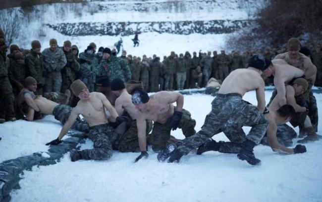 裸の冬季訓練