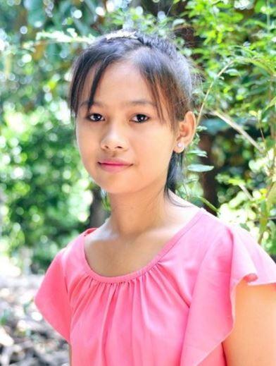 カンボジア人女性