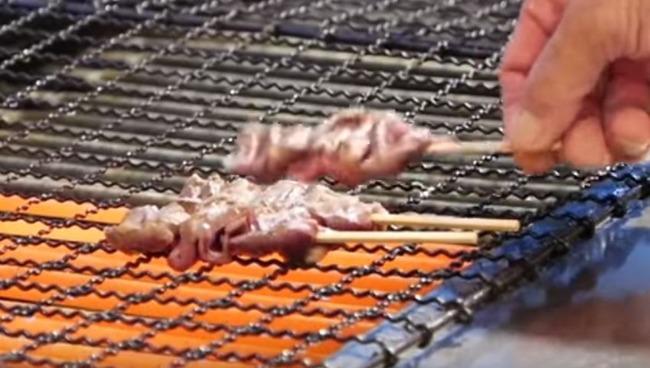 日本の焼き鳥職人