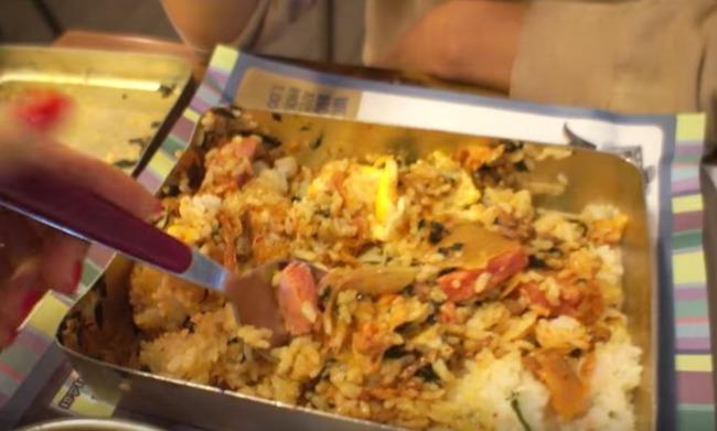 韓国の混ぜる弁当