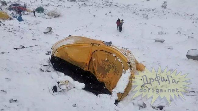 エベレスト雪崩死傷者