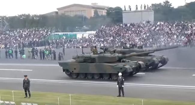 自衛隊の戦車