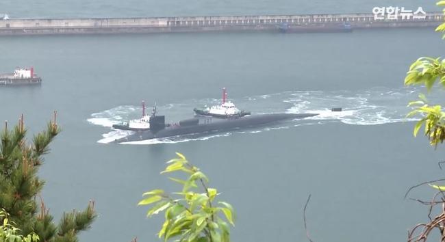 米国原子力潜水艦ミシガン