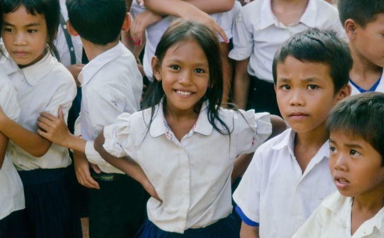 カンボジア 少女売春 ミーチャの実話。売られた金額はワンピースと同じ金額だった。