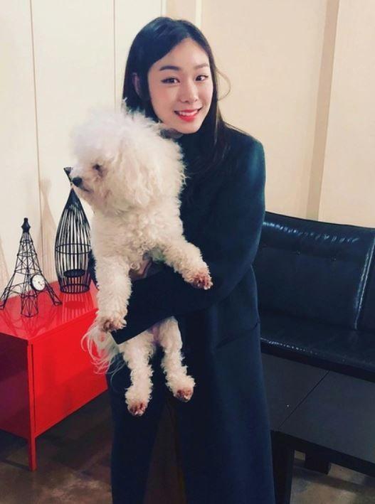 ロシア人「キムヨナの愛犬とは?」キムヨナさんに抱かれている彼女の愛犬の姿をご覧ください 海外の反応