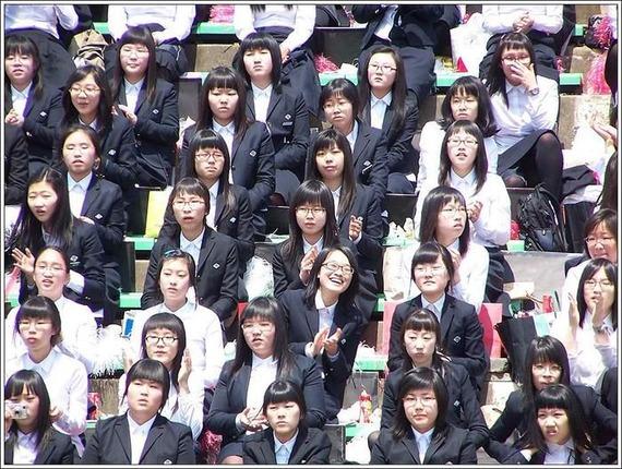 【日本】何故日本女性はカブレてるの?【白人】YouTube動画>8本 ->画像>108枚