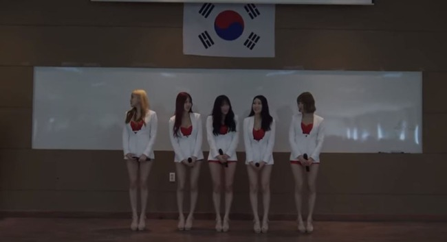 ポケットガールズが韓国軍を慰問