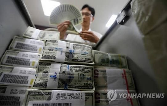 韓国通貨スワップ延長が五里霧中