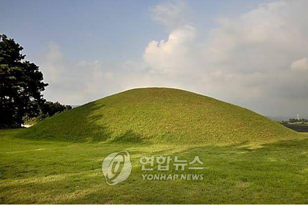 韓国人「倭寇は韓国の遺跡を盗掘し、文化財を盗んだ」日帝強占期以来100年ぶりに百済武王と善花公主の墓を発掘調査 韓国反応