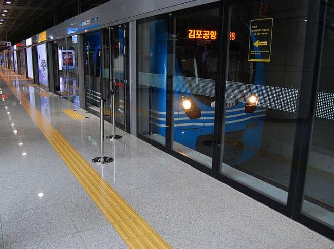 ソウルの地下鉄駅
