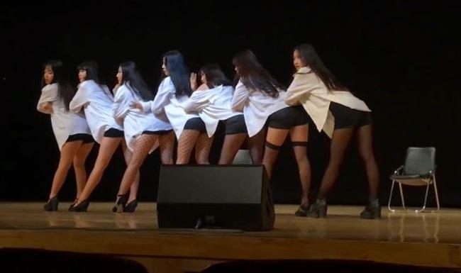 韓国女子高生の文化祭