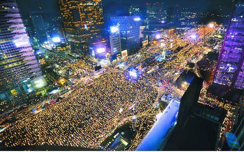 ソウル市が、ろうそく集会のノーベル平和賞推薦
