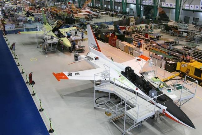 韓国の超音速高等訓練機T-50