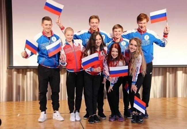 ロシア人「フィギュアのラジオノワ(ラジ子)選手が、東京散策を楽しまれる」 海外の反応