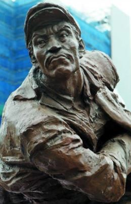 安重根義士の銅像