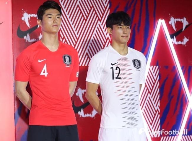 サッカー韓国代表のユニフォーム
