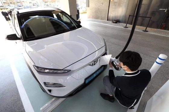 【悲報】韓国人「現代自動車のリコール費用が1兆ウォンに‥」CNN「現代自動車の電気自動車リコール、歴史上最も高いリコールの一つ」 韓国の反応