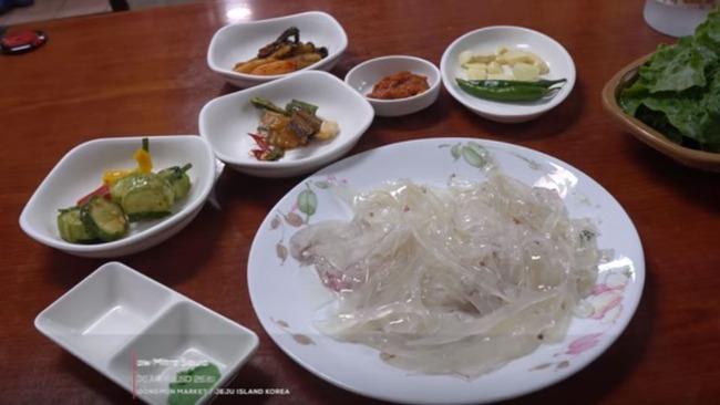 韓国のヤリイカの刺身