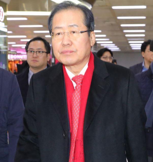 韓国人「何という屈辱、売国外交‥」自由韓国党代表が「慰安婦問題よりは未来を見なけれ成らない、韓米日核同盟が必要」と発言! 韓国の反応