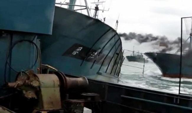 中国の不法操業漁船