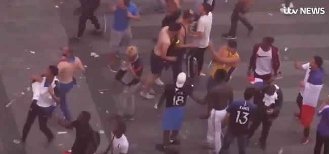 【フランス崩壊】海外「フランスで暴動が発生!」移民は何故フランス社会とフランスの生活を嫌って居るのにフランスに住み続けるのか? 海外の反応