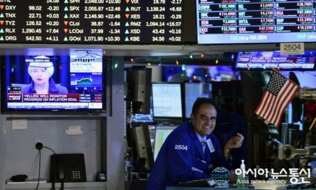 アメリカ金利引き上げ