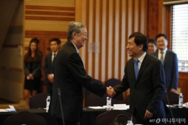 韓国と中国の通貨スワップ契約
