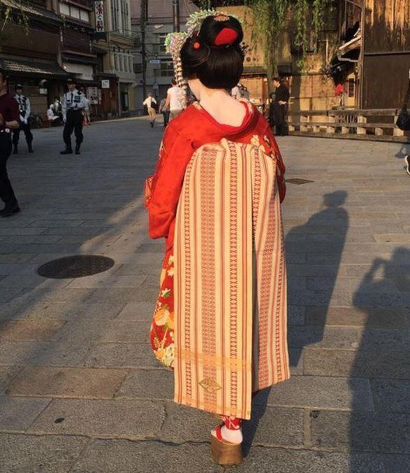 メドベージェワ選手の舞子さんの姿