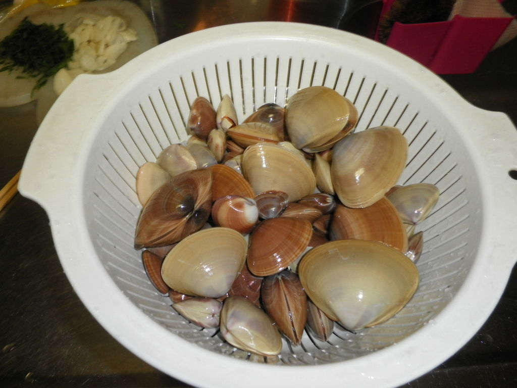 P6030112 「名もない貝」で家族のためにパスタをつくると、家族は、 「名もない貝」