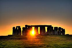 250px-Stonehenge_(sun)