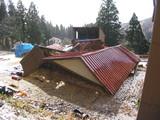 S48年建設の牛舎倒壊
